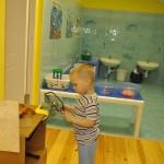Монтессори-студия. Центр игр с водой. Уголок для мальчиков - работа с инструментами